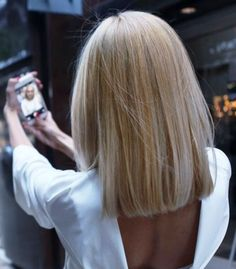 Long Bob Hairstyles 670051250790702570 - Le blunt sur carré long blond Source by One Length Haircuts, Long Bob Haircuts, Long Bob Hairstyles, Summer Hairstyles, Celebrity Hairstyles, Blonde Hairstyles, Hairstyle Short, Fancy Hairstyles, Hairstyles Haircuts