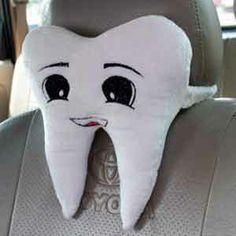 Bantal mobil bentuk gigi