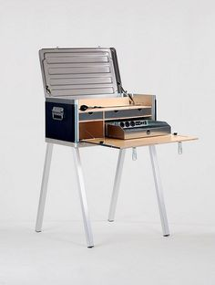Solar Powered Field Desk Lets You Set Up An Office Anywhere Outdoors