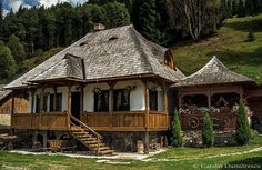 Traditional house from Bucovin, Romania Beautiful Buildings, Beautiful Homes, Beautiful Places, Visit Romania, Little Paris, Bucharest, Cabin Homes, Traditional House, Design Case