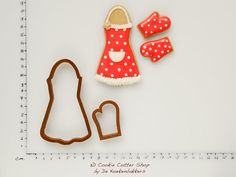 Baking Cookie Cutter Set (Apron & Mitten)