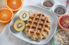 Bärenhunger: Frühstücks Waffeln mit Leinsamen, Haferflocken und Chia Samen