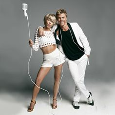 Ultra talented celebrity siblings Julianne and Derek Hough are coming to your city for their Move Live tour, and you could hang out with them backstage. Derek And Julianne Hough, Derek Hough, Hough Family, Irwin Family, Celebrity Siblings, Strictly Come Dancing, 54 Kg, Talent Show, Dancing With The Stars