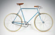 Langsam aber sicher verschwindet der Winter und die Laune steigt, auf's Rad zu steigen. Zeit für eine Übersicht an Fahrrädern der Saison 2014, die sich dank verbauter Nabenschaltungin der Stadt wie auch auf Touren angenehm fahren lassen und durch ihr … Weiterlesen