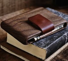 Wood_Wallet_by_Haydanhuya