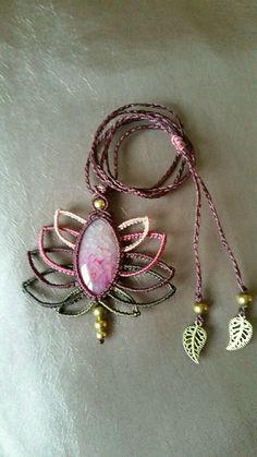 Collier pendentif tissé en pierre naturelle agate veine de dragon t perles en laiton : Collier par s-craft