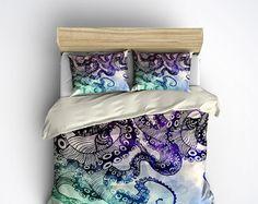 Featherweight Octopus Bedding Cream & Black por InkandRags