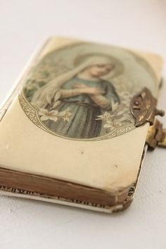 Vintage Blessed Mother Mary Prayer Book - just beautiful! Blessed Mother Mary, Blessed Virgin Mary, Religious Icons, Religious Art, Image Jesus, Prayers To Mary, Catholic Art, Catholic Religion, Roman Catholic
