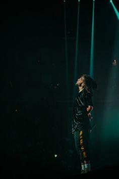 J Cole Concert, Rap Concert, J Cole Baby, Rap Background, J Cole Quotes, Forest Hills Drive, Young Simba, Rapper Art, Rap Wallpaper