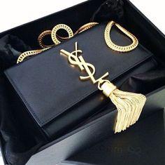 Louis Vuitton crossbody bag in black Sac Yves Saint Laurent, Saint Laurent Handbags, Trendy Handbags, Purses And Handbags, Ysl Handbags, Dior, Ysl Bag, Louis Vuitton, Luxury Bags