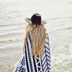How to Chic: AZTEC CARDIGAN - OUTFIT