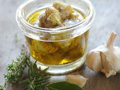 Découvrez la recette Artichauts à l'huile d'olive sur cuisineactuelle.fr.