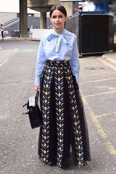 Find tips and tricks, amazing ideas for Mira duma. Discover and try out new things about Mira duma site Miroslava Duma, Modest Fashion, Fashion Outfits, Womens Fashion, Teen Outfits, Petite Fashion, Classy Outfits, Spring Outfits, Casual Outfits