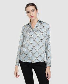 9a6ca60af9 Camisa de mulher Antea com manga comprida e estampado de correntes · Moda e  Acessórios ·