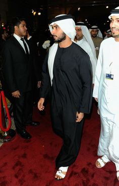 "Sheikh Hamdan bin Mohammed bin Rashid al Maktoum (popularly known as ""Fazza""), is Dubai's Crown Prince. Fazza is an avid horse rider, published poet and semi-professional skydiver. And probably has more money than he can spend in a lifetime. Middle Eastern Men, Arab Men, Future Clothes, Kurta Designs, International Film Festival, Special People, Bearded Men, Black Men, New Fashion"