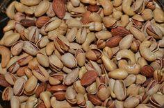 بادام پسته وبادام هندی - mixed salted nuts - T.Tavakoli.V