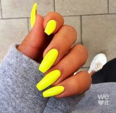 Want some ideas for wedding nail polish designs? This article is a collection of our favorite nail polish designs for your special day. Read for inspiration Summer Nails Neon, Neon Yellow Nails, Yellow Nails Design, Cute Spring Nails, Bright Nails, Neon Nails, Bright Colored Nails, Black Nails, Short Nail Designs