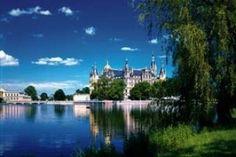 Schwerin - day/overnight trip from Hamburg?