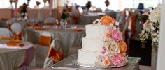 The Cake Mom & Co. is a bakery that does wedding cakes, engagement, anniversaries and more.