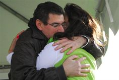 Scott, a Gift of Life recipient, hugs his donor, Jill, after meeting her for the first time at our 2nd Annual #Walk4Life