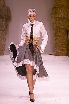 Arkadius Spring 2001 Ready-to-Wear Fashion Show Collection
