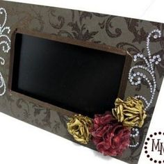 Digital Photo Frame Makeover. Love digital photo frames but blinging it up to match your home decor would make them sooooo much better! I can't wait to do my own!