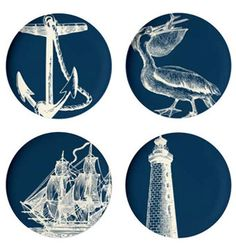 Add a touch of the beach to your next picnic with these nautical plates   #GHCBeachDays