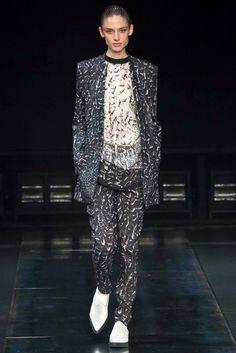 suit of mixed patterns grey and white fabrics  - MIZU