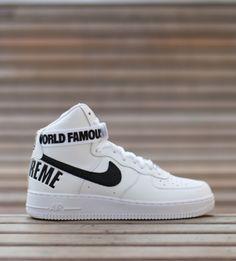 Nike x Supreme.
