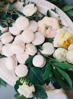 sweet treats   macarons   melanie gabrielle photography  via: 100 layer cake