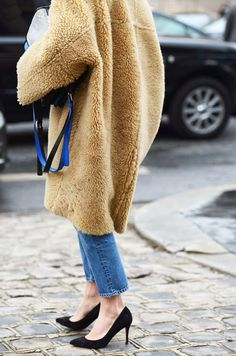 Shearling cocoon