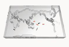 World Trip by Takuro Yamamoto Architects. Una pecera pensada como mesita de café, con fondo blanco es brillante, ¿Qué tal quedará en un salón real?