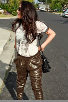 Tshirt on sequin trousers