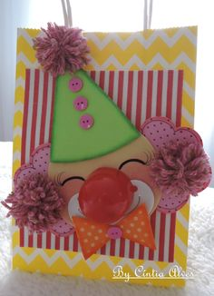 Clown Party, Circus Party, Fun Crafts, Paper Crafts, Ideas Para Fiestas, All Kids, Button Art, Preschool Classroom, Kids Corner