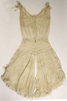 Combination Date: early 20th century Culture: American or European Medium: linen, cotton, silk Accession Number: 1976.207.3