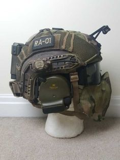 Airsoft hub is a social network that connects people with a passion for airsoft. Talk about the latest airsoft guns, tactical gear or simply share with others on this network Tactical Helmet, Airsoft Helmet, Military Gear, Military Equipment, Tactical Survival, Survival Gear, Taktischer Helm, Tac Gear, Combat Gear