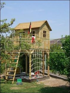 Stelzenhaus Podesthöhe 2,00 m! mit Leiteraufstieg Backyard Fort, Backyard Playhouse, Backyard Playground, Backyard For Kids, Backyard Projects, Pergola, Gazebo, Garden Tree House, Tree House Plans
