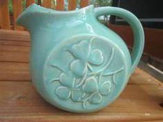 Mccoy Pottery Pitcher-Just like Grandmamas! Old Pottery, Mccoy Pottery, Vintage Pottery, Pottery Vase, Ceramic Pottery, Vintage Planters, Vintage Vases, Vintage Decor, Vintage Pyrex