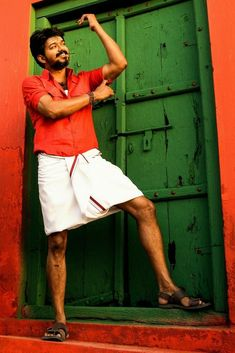 Actor Picture, Actor Photo, Mersal Vijay, Friends Sketch, Best Love Songs, Vijay Actor, Indian Star, Actors Images, Cute Actors