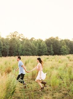 farm-fresh-engagement-rustic-field-