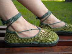 The Mother Nature - Sweet Apple Green Crochet Shoes with Green Template