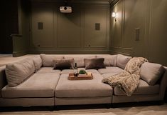 Home Theater Room Design, At Home Movie Theater, Home Theater Rooms, Home Theater Seating, Theater Room Decor, Theatre, Cinema Room Small, Home Cinema Room, Small Movie Room