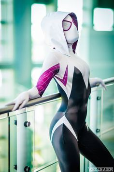 Spider-gwen by Maid of Might Cosplay #WonderCon 2015 #YorkInABox