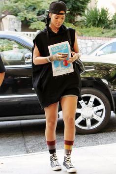 RiriPerfection Rihanna Casual, Rihanna Outfits, Celebrity Outfits, Celebrity Style, Rihanna Street Style, Mode Rihanna, Rihanna Riri, Tomboy Fashion, Fashion Outfits