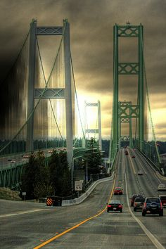 Tacoma Narrows Bridge - Washington ˚