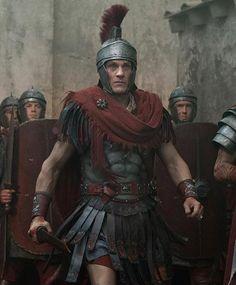Simon Merrells as Crassus in Spartacus: War of the Damned