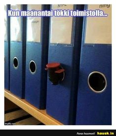 Kun maanantai... - HAUSK.in Funny Quotes, Funny Memes, Story Quotes, World Problems, True Stories, Sarcasm, Lol, Words, Humor