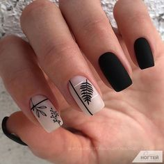 Want to try black acrylic nails but never knew what you wanted! We have put together a quick list of our favorite black acrylic nail designs to get your imagination going! Black Acrylic Nails, Black Nails, Pink Nails, Short Nails Art, Luxury Nails, Nagel Gel, Stylish Nails, Perfect Nails, Acrylic Nail Designs