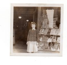 Vintage Photo Young  Woman, Woolworth's Window Display, 1940's Fashion, FebT