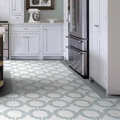 Most Unique Kitchen Tile Floor Ideas to Try in 2019 Vinyl Flooring Kitchen, Kitchen Vinyl, Modern Flooring, Linoleum Flooring, Luxury Vinyl Flooring, Best Flooring, Luxury Vinyl Tile, Flooring Options, Kitchen Tiles